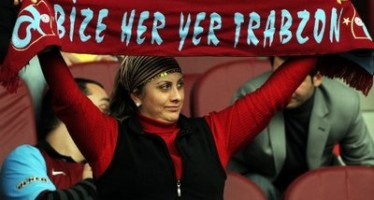 Trabzon'da Bir Tenisçiyi Oynamak