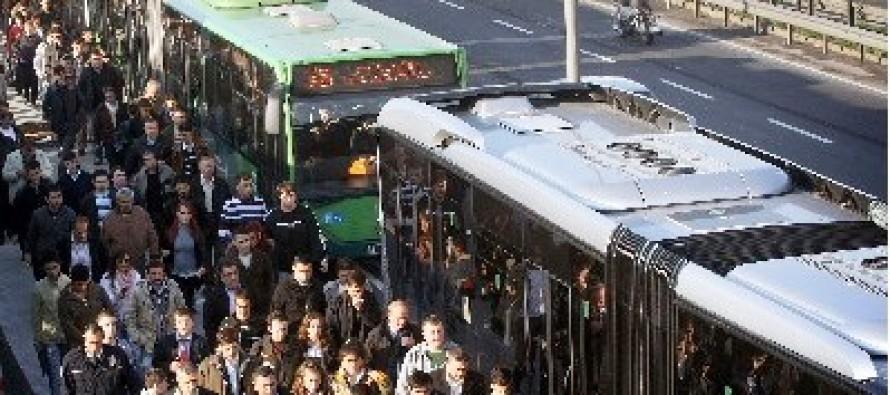 Tramvay'dan Metrobüs'e: Bir İstanbul Çilesi