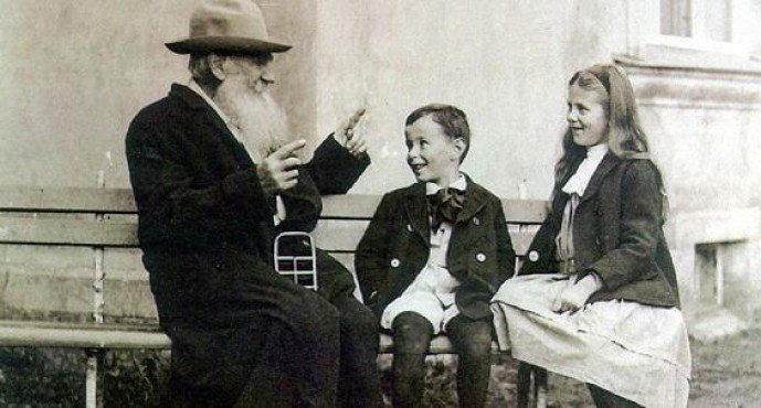 Tolstoy Doodle Oldu! En güzel Tolstoy Sözleri