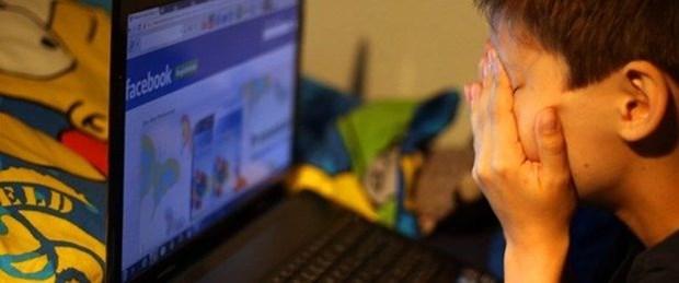 Sosyal Medya Kullanan Çocuklara Kötü Haber!